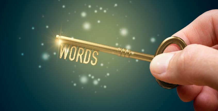 Uma chave escrito words - palavra em inglês