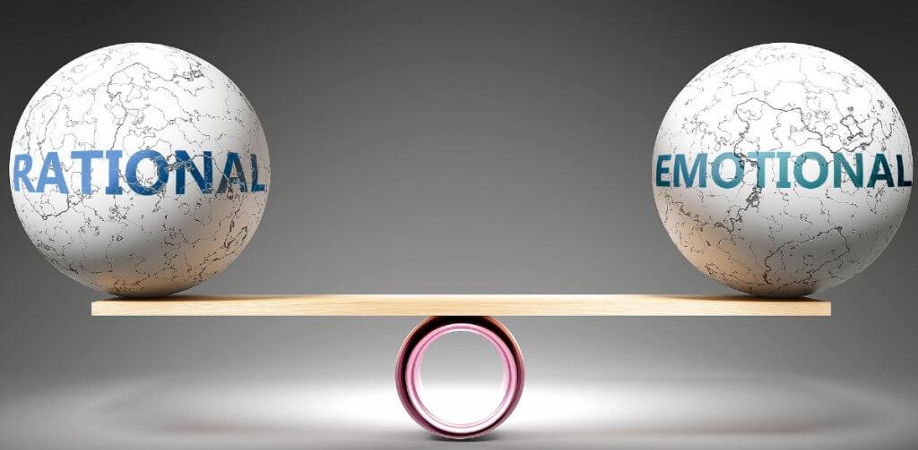 uma balança racional vs emocional